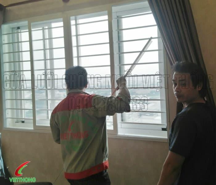 cửa lưới xếp cho cửa sổ