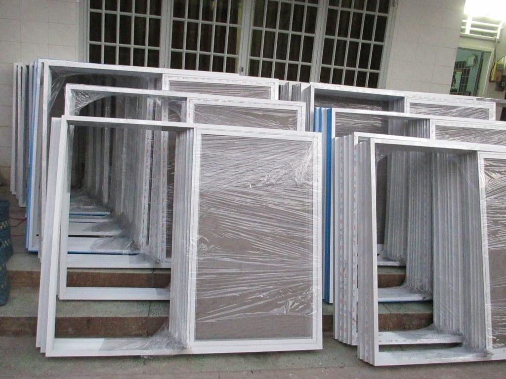 cửa lưới chống côn trùng TPHCM