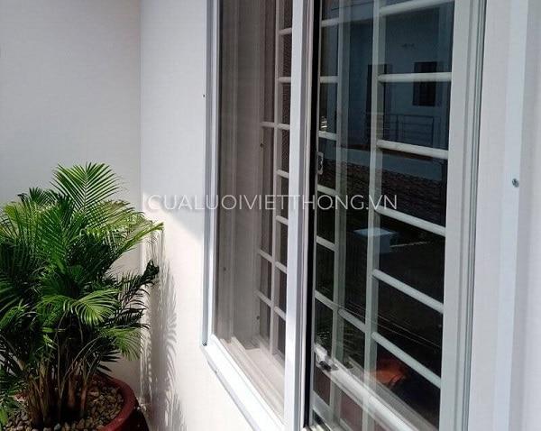 Mẫu cửa lưới chống muỗi dạng lùa cửa sổ