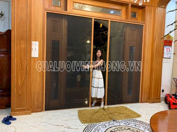Mẫu cửa lưới chống muỗi dạng xếp 2 cánh cửa chính
